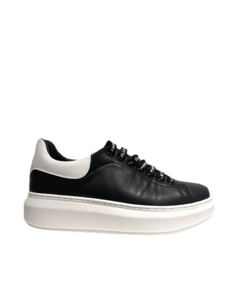 GBDS22548 Woman's Sneakers Black